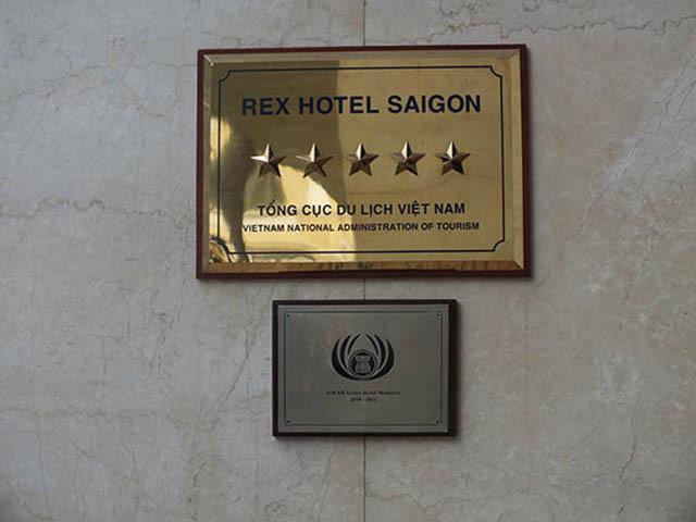 Vietnam, Rex Hotel Wine Diner 1