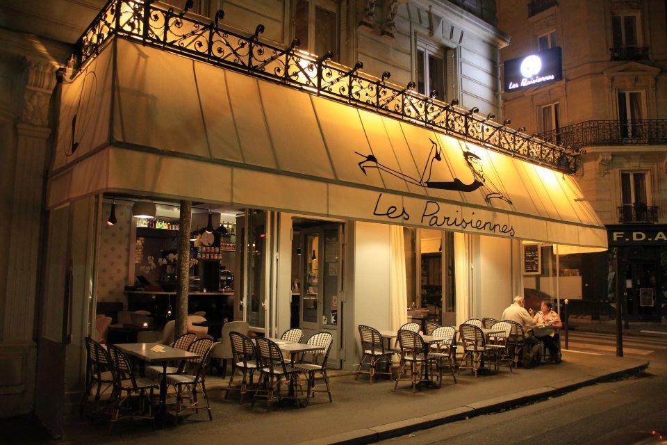 Remise de la plaque d'ambassadeur à la Brasserie les Montparnos 2
