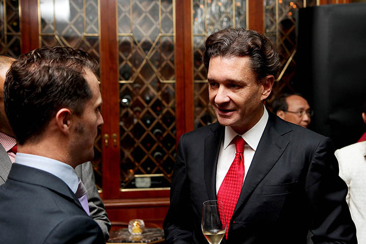 Baron Philippe Sereys de Rothschild, Hong Kong 3