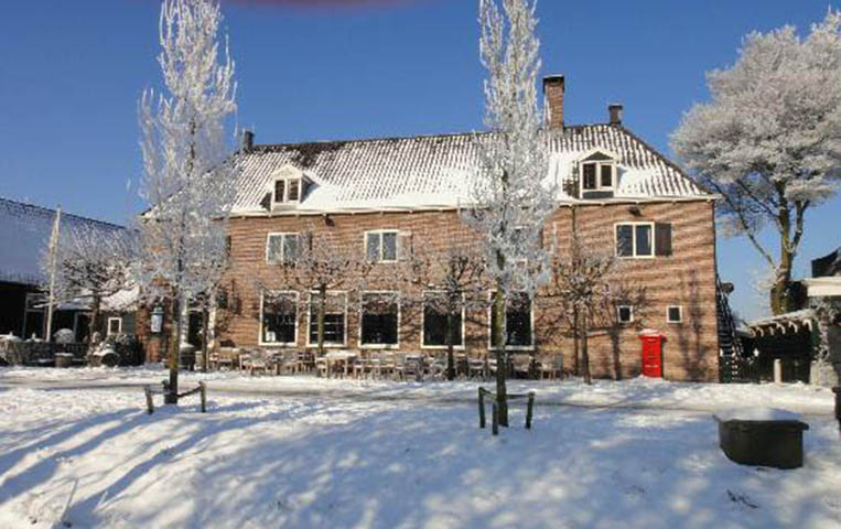 Le Restaurant De Hoop reçoit le Baron Philippe Sereys de Rothschild 1