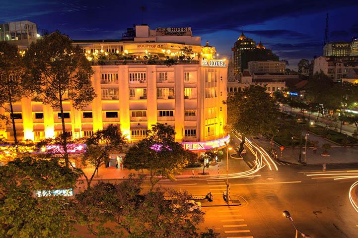 Vietnam, Rex Hotel Wine Diner 2