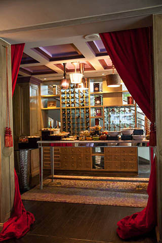 Sofitel Saigon Boudoir Lounge Vietnam 4