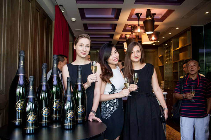Sofitel Saigon Boudoir Lounge Vietnam 1